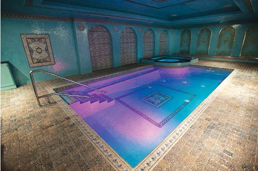 11 inspiring indoor pool designs luxury pools outdoor for Custom indoor pools