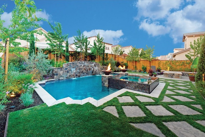 Top 5 California Pools - Luxury Pools + Outdoor Living