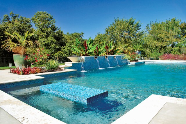 Luxury Ways To Safe Proof Your Pool Area Luxury Pools Outdoor Living