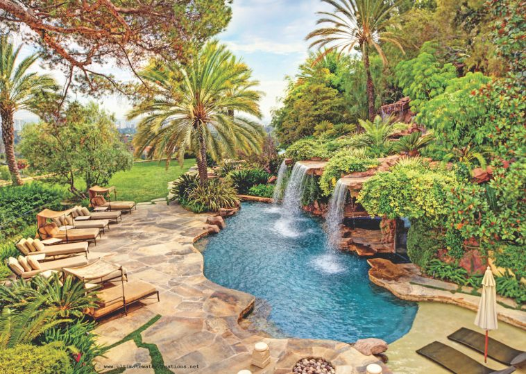 Distinctive Designs - Luxury Pools + Outdoor Living